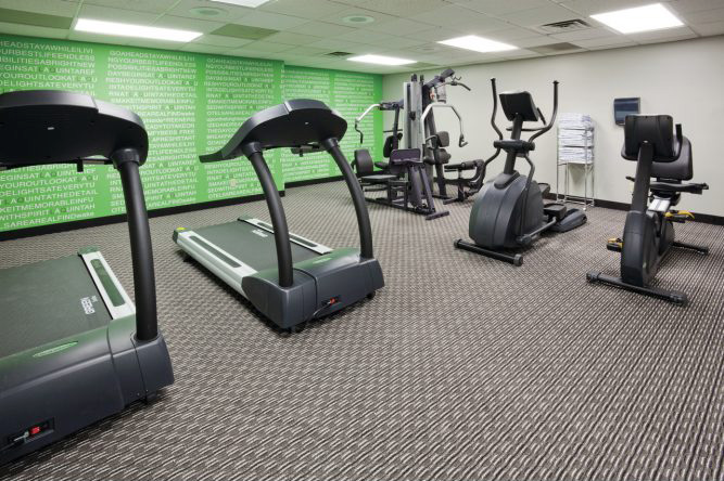 Image of exercise room at LaQuinta in Bloomington